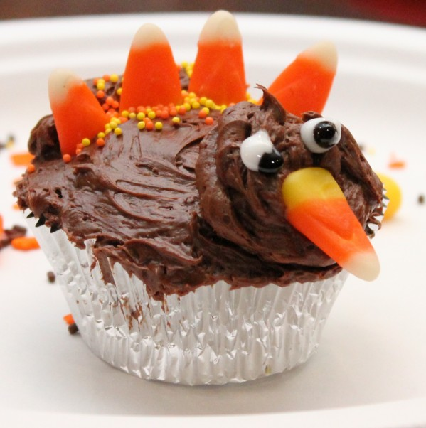 Post image for Fun Thanksgiving Tradition – Betty Crocker Turkey Cupcakes Recipe Idea