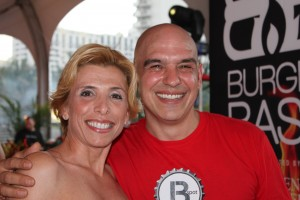 south-beach-wine-food-festival-rachel-ray-burger-bash-michael-symon