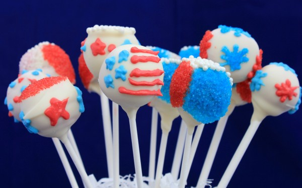 Patriotic Red White and Blue Cake Pops-1