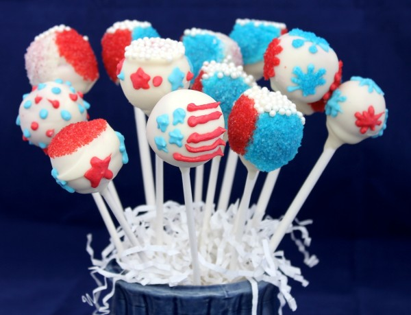 Post image for Fun Desserts: Patriotic Red White and Blue Cake Pops