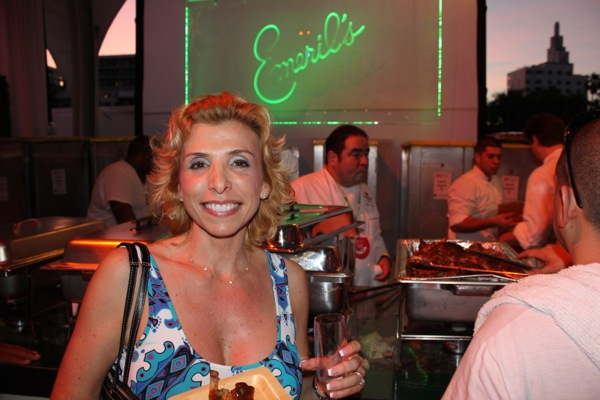 Post image for 2012 South Beach Wine and Food Festival Video and Photos – Plus A Belvedere Lemon Raspberry Caprioska Cocktail Recipe