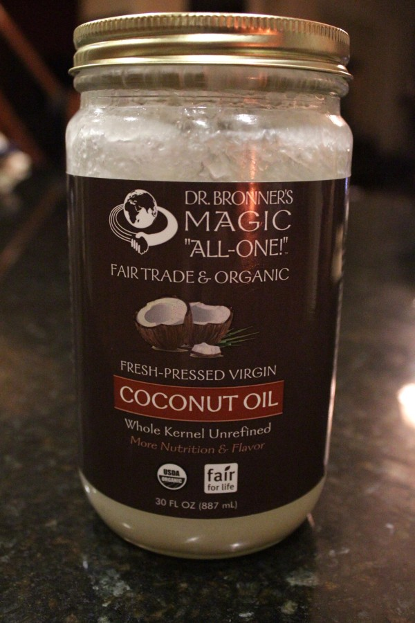 Organic-Virgin-Coconut-Oil-Uses-Health-Beauty-Shower-Scrub-3